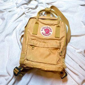 euc Fjallraven mini backpack
